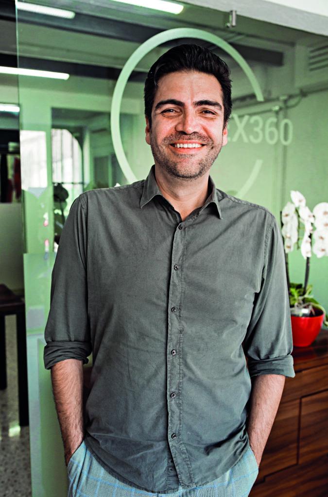 Orlando Santamaría and His Return to Law, VREG