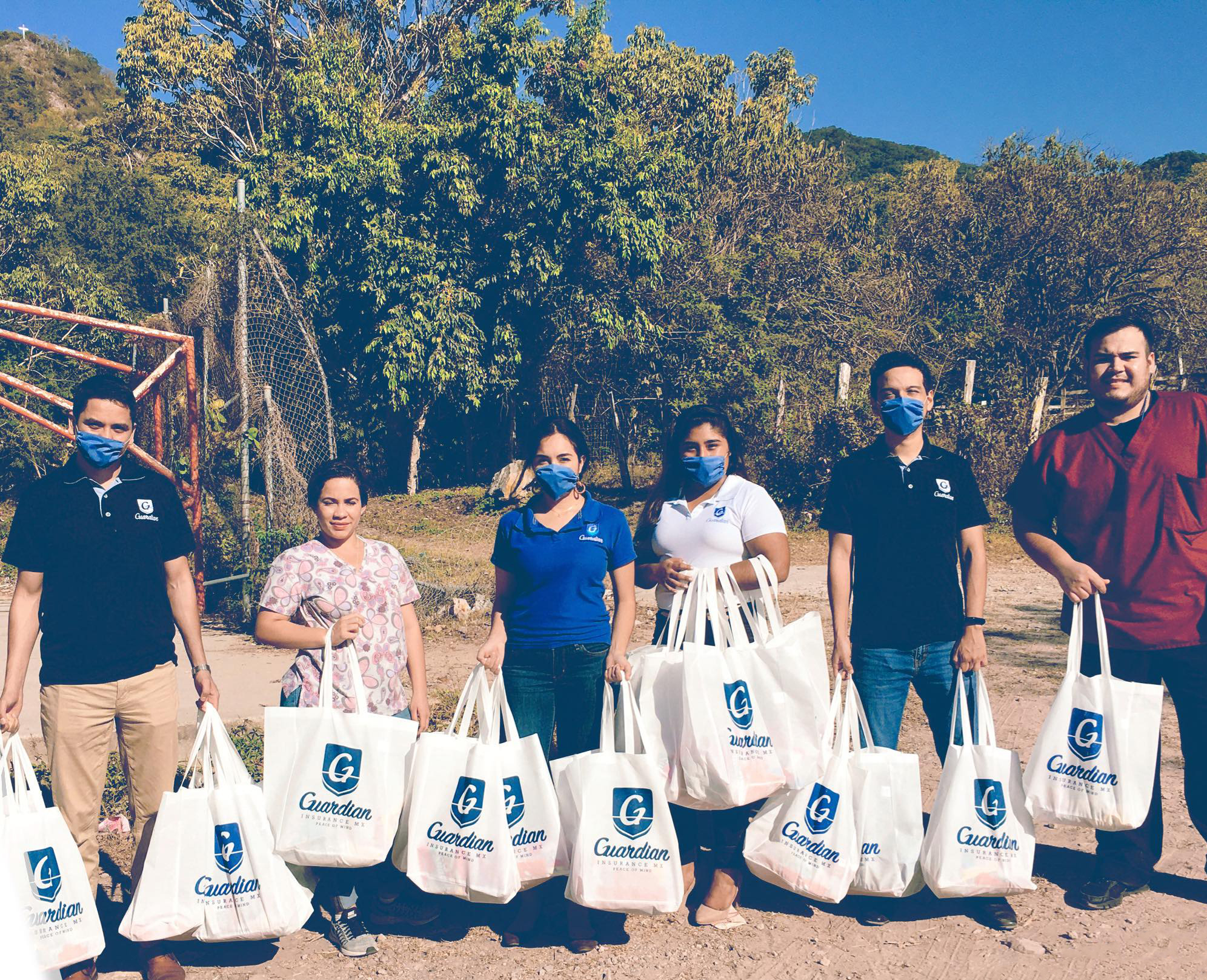 Guardian Insurance MX Performs Community Work